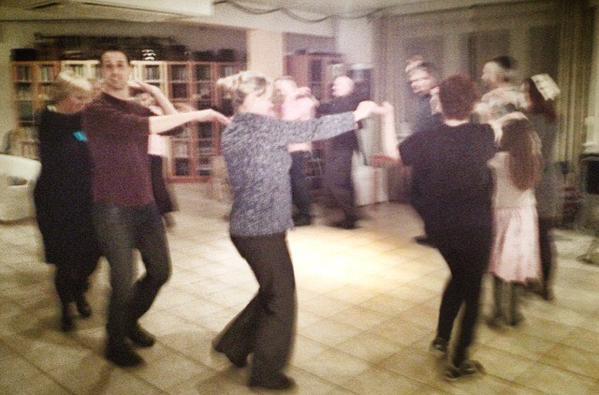 Beit Warszawa Israeli Dancing